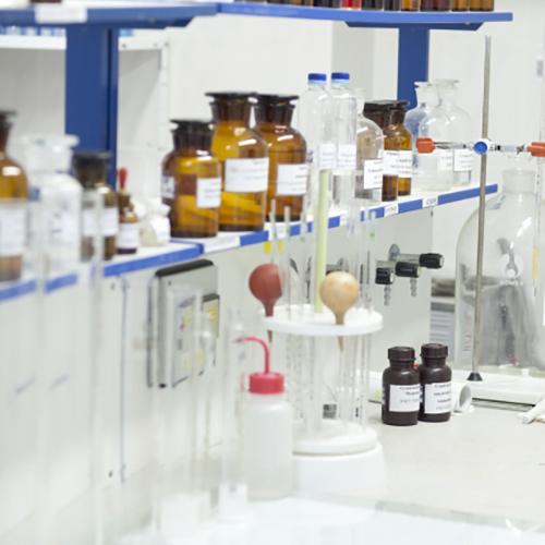 製薬会社製薬申請文書管理システム